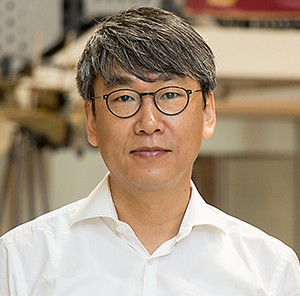 "UCF Researcher Yun ""Andrew"" Hae-Bum"